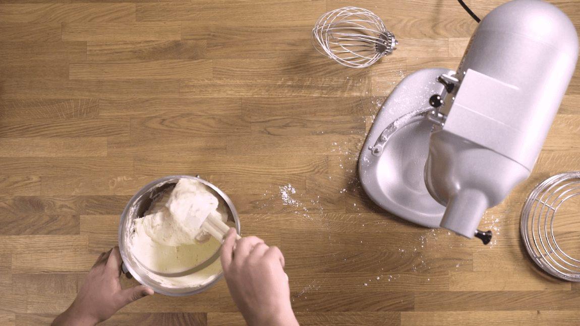 crème au beurre recette, butter cream recipe, Fijne roomboter recept