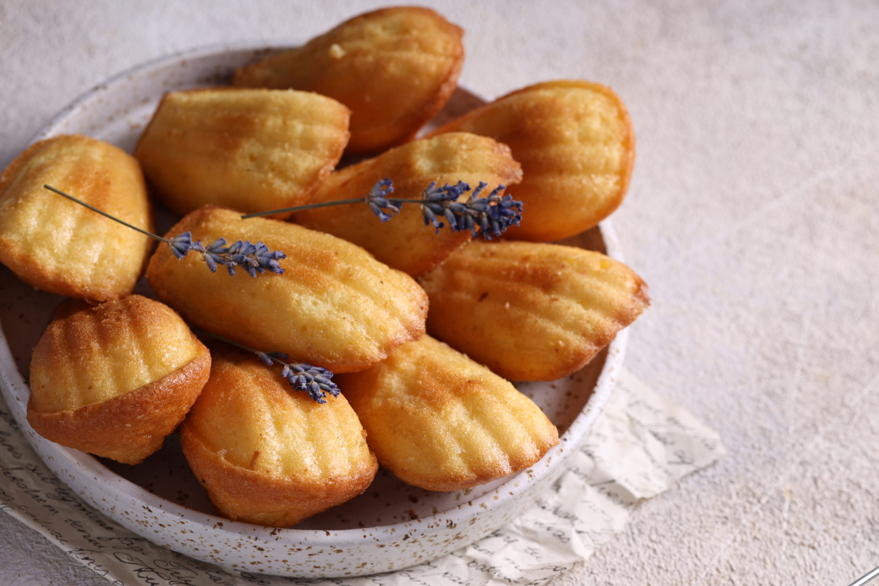 Madeleines, french butter cakes